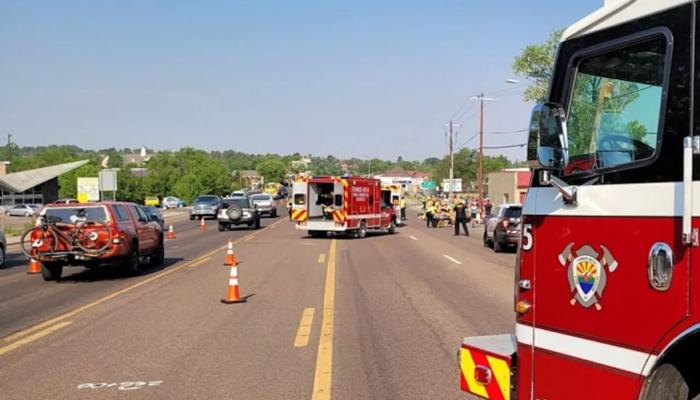 6车手送医4人重伤 美司机故意开车冲入自行车赛场