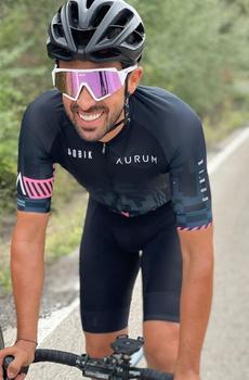 庆祝弟子环意夺冠 康塔多挑战骑行1600公里赴米兰