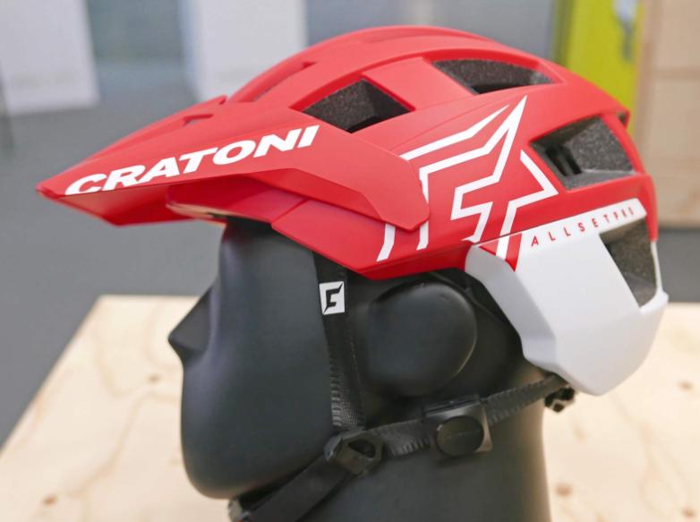 摔车救命神器 Cratoni推出头盔碰撞传感器