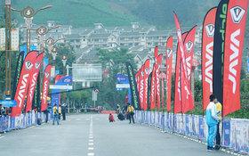 【视频】普安国际山地自行车邀请赛:郭米相爱相杀 一起夺冠